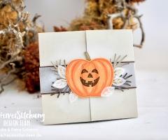 """<a href=""""https://hausvollerideen.de/halloween-blog-hop-papierversuchung/"""" rel=""""noopener noreferrer"""" target=""""_blank"""">Anleitung für eine Halloween Shutter Card</a>"""